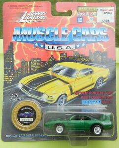 New 1995 Johnny Lightning 1970 Superbird Green