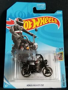 New 2019 Hot Wheels Honda Monkey Z50 Treasure Hunt