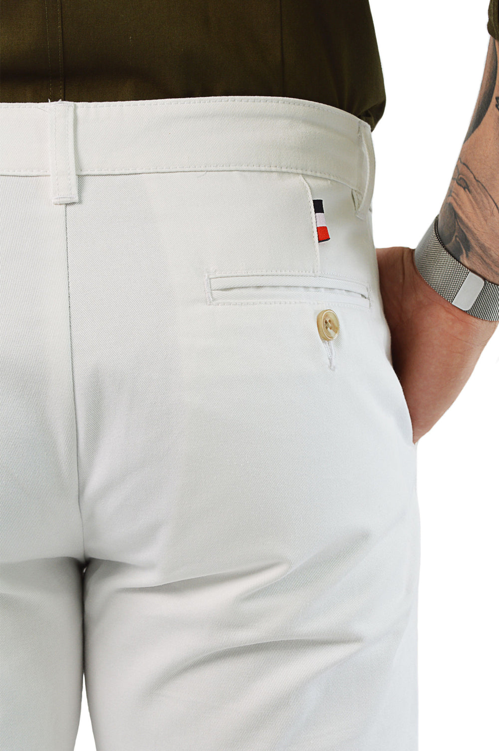 close up chinos back pocket detail