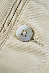 Close up Joe Weaven button