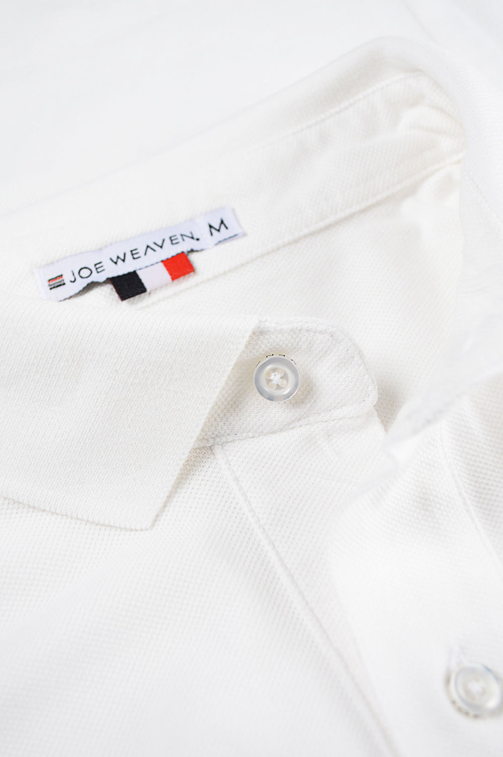 collar white polo