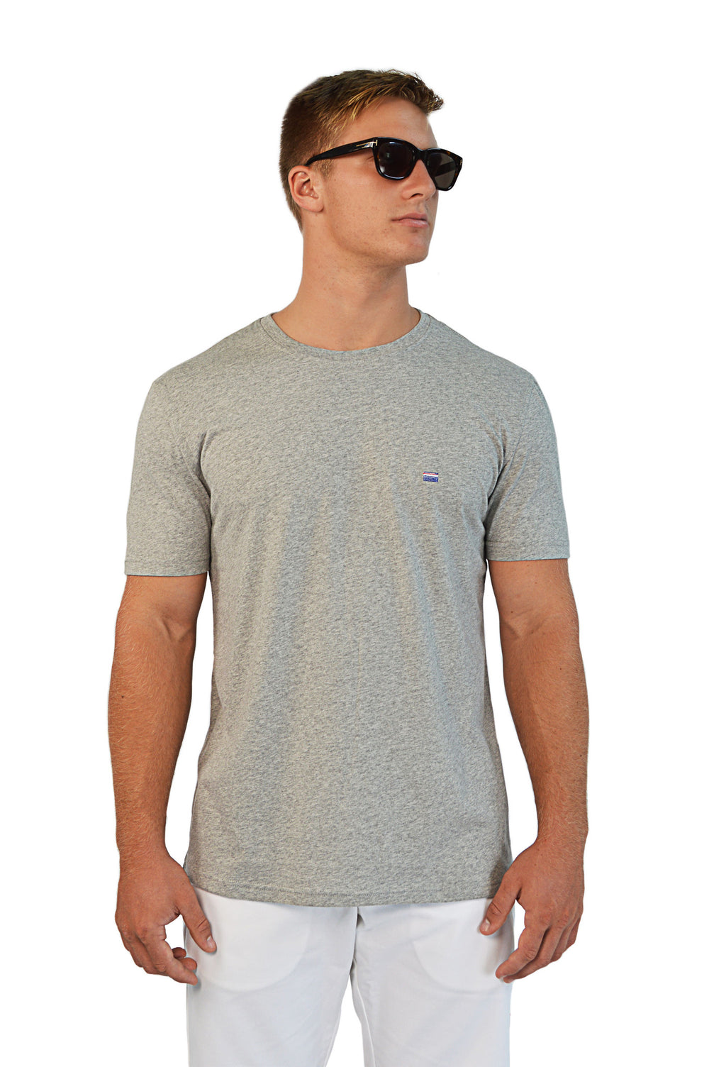 front view grey t-shirt