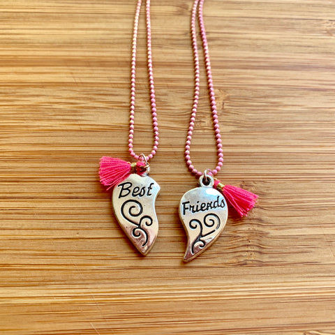 Best Friends set of 2 Necklaces pink