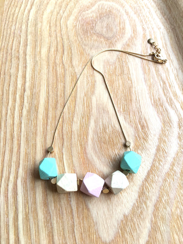 Necklace geometric