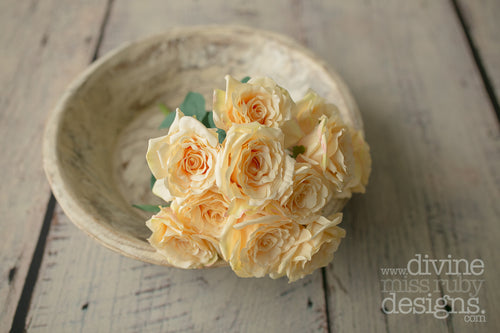 Peach 12 Head Rose Bouquet
