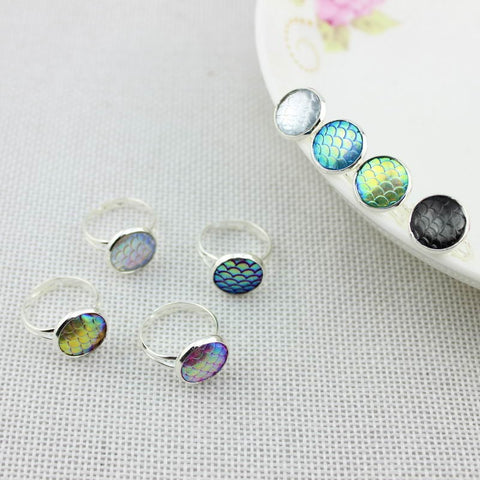 Mermaid Scale Silver Tone Fashion Ring