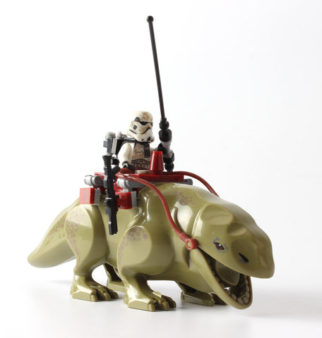 Star Wars Dewback Desert Figure