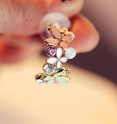 Jewelry - 1 Pair New Fashion Women Lady Elegant Crystal Rhinestone Ear Stud Earrings