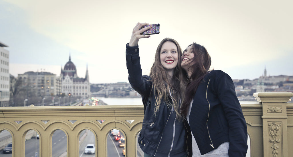 Top 5 Free iOS Apps For The Perfect Selfie!