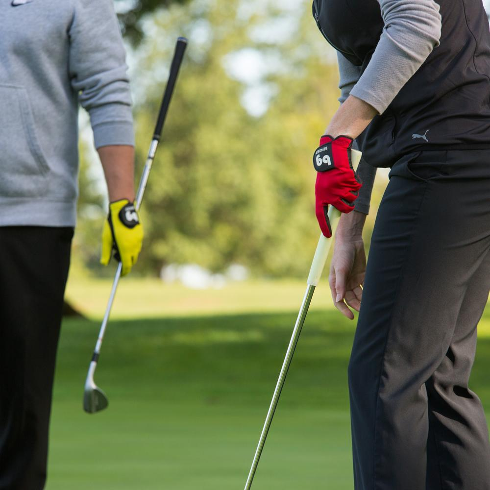 Choosing the right golf glove.