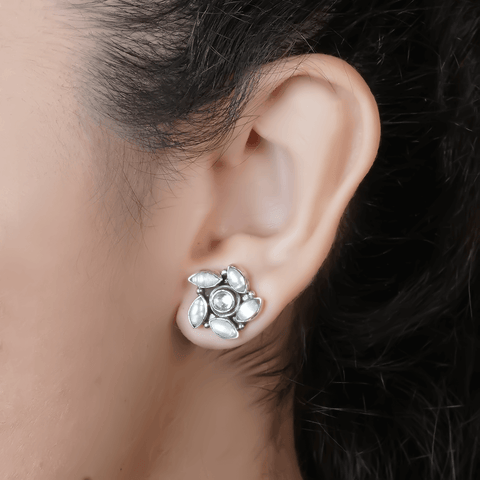 Pearl Swirl Stud Earrings 92.5 Silver