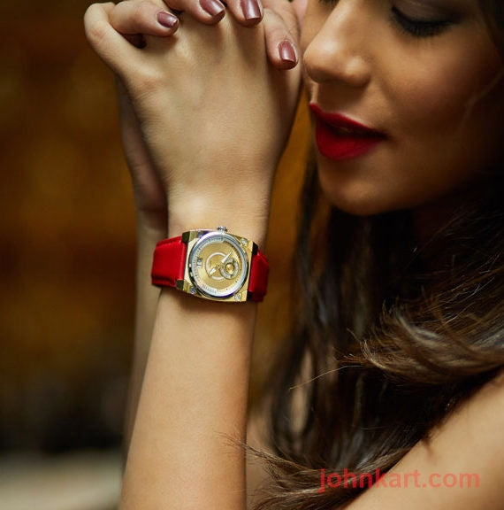 Savoy lady ICON Petite 33mm – Swiss Made – Yellow Gold IP – Diamond dial