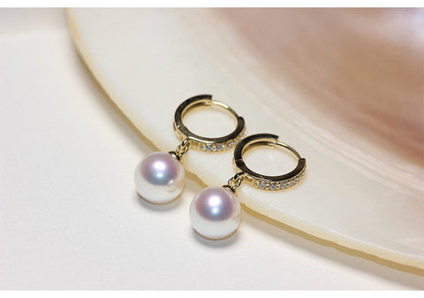 charming pair of 10-11mm south sea white pearl earring 18k
