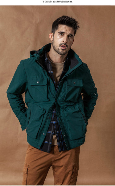 Autumn Winter New Hooded Field Jacket Men Fashion Cargo Jackets Multi Pocket Outerwear Contrast Color Coats