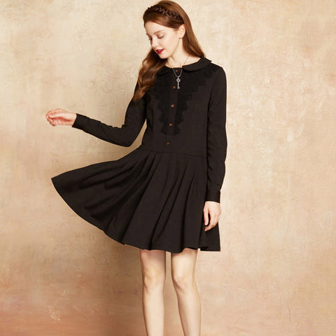 Autumn and Winter Female A-line Lace Stitching Peter pan Collar Big Swing Vintage Black Dress