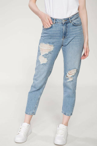 Woman Summer Stylish Denim Jeans Women Ripped Holes Ninth Denims Female Casual Light Blue Denim Trousers-