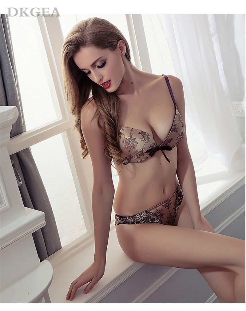 Luxury Printing Underwear Set Women Bow Red Push Up Bra Panties Sets Sexy Lingerie Embroidery Lace Bra Set Cotton Thick