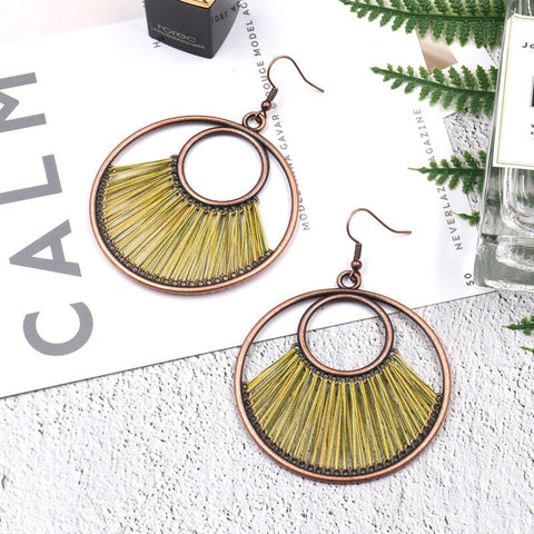 New earrings European and American popular big brand creative circle earrings bohemian hand woven exaggerated accessories