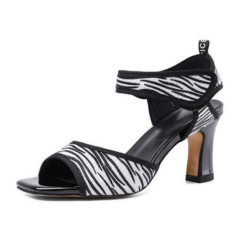 new arrival high heels shoes top quality summer women sandals classic women pumps black white