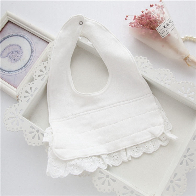 Baby Bibs Cute Cotton Lace Bow Princess Baby Towel Enfants Super Soft Baby Clothing Accessories