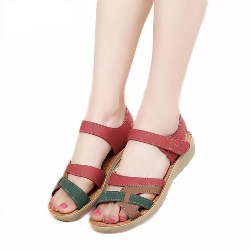 Mother sandals soft leather large size flat sandals summer casual comfortable non - slip in the elderly women 's shoes 41