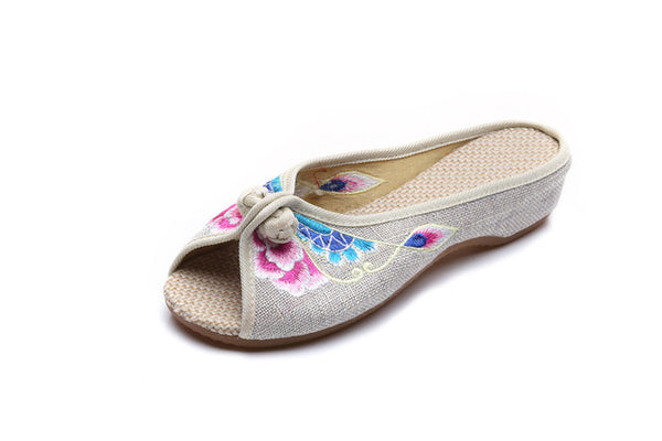 Vintage Embroidered Women Slippers Summer New Linen Chinese Canvas Old BeiJing Flowers Sandals Soft Shoes Size 35-41