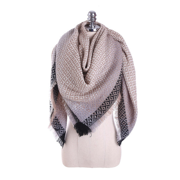 Dropshipping Winter Warm Square Scarf For Women Gold Retro National Style Geometric Thick Tassel Scarves Wraps and Shawls Female