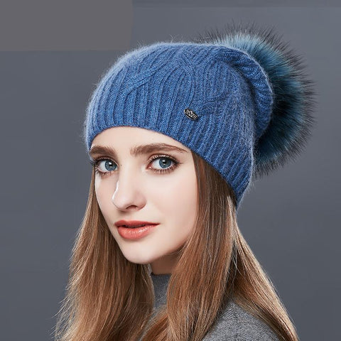 High Quality Cashmere Women Winter Hats Fashion Link Type Knitted Hat Female Girl Autumn Fur Fur Pompoms Beanies 2017