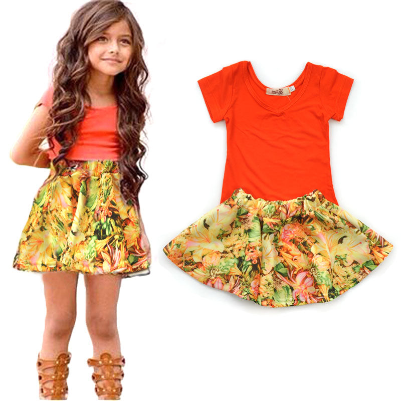 Girls' Wear Summer Europe and the United States V - neck short - sleeved T - shirt + floral skirt two - piece
