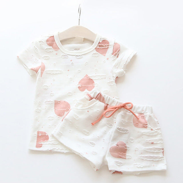 2pcs/sets,Casual Kids Clothing Baby Girls Clothes Sets Summer Heart Printed Girl Tops Shirts + Shorts Suits Children's Clothing