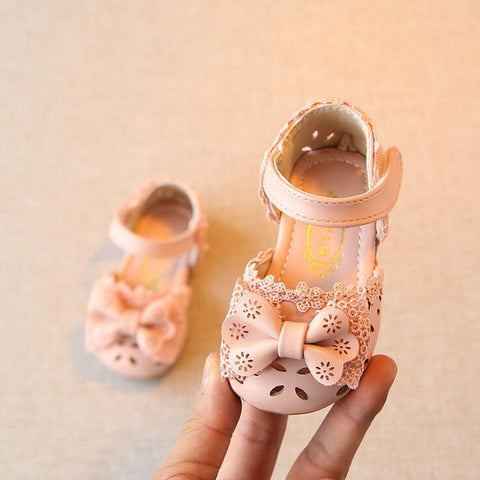 Lovely Bow Princess sandals Pu leather Baby moccasins Newborn child kids Summer girls Sneakers Infant shoes hard sole