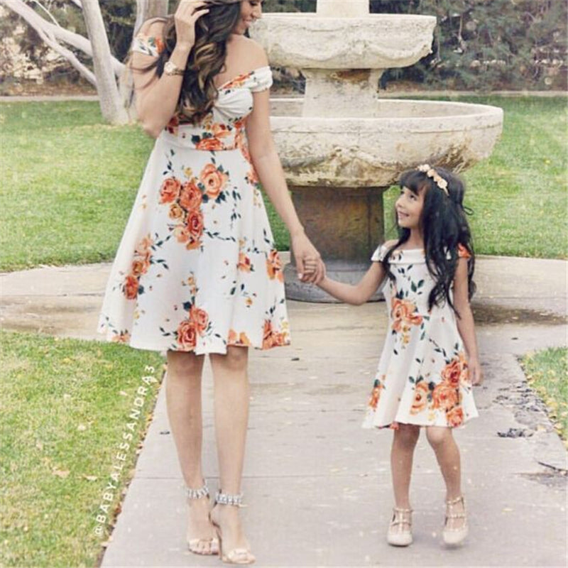 New Mother Daughter Dresses Summer Mother And Daughter Clothes Family Matching Dress Kids Printed Vestidos Mom Padded Dress