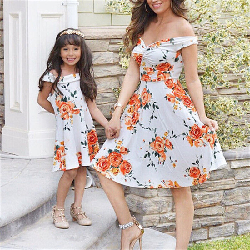 d24ba1f72d473 New Mother Daughter Dresses Summer Mother And Daughter Clothes Family  Matching Dress Kids Printed Vestidos Mom Padded Dress