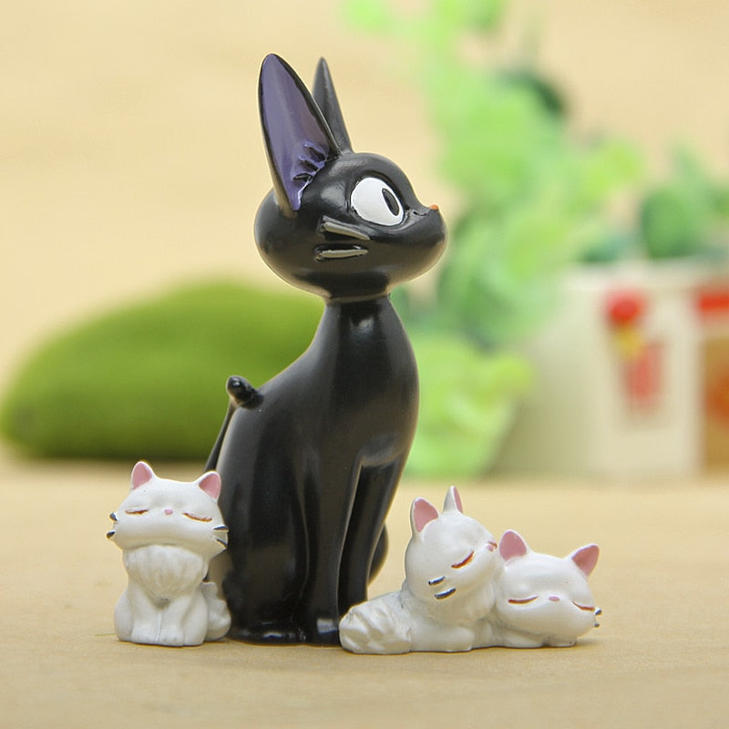 1Pcs Resin Kiki's Delivery Service Cat Figurines White Animal Ornaments Black Cat Kiki Gigi Miniatures Decoration Crafts Gifts