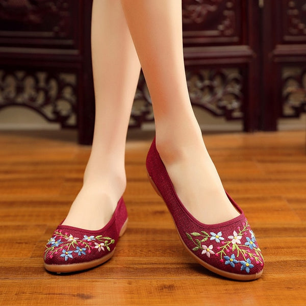 autumn new cloth shoes women shoes soft bottom embroidered shoes comfortable national wind dance shoes