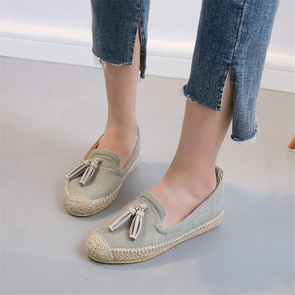 Fashion Straw Women Loafers Fringe Shallow Casual Shoes Slip On Lazy Single Shoes Female Light Sneakers Sapato Feminino