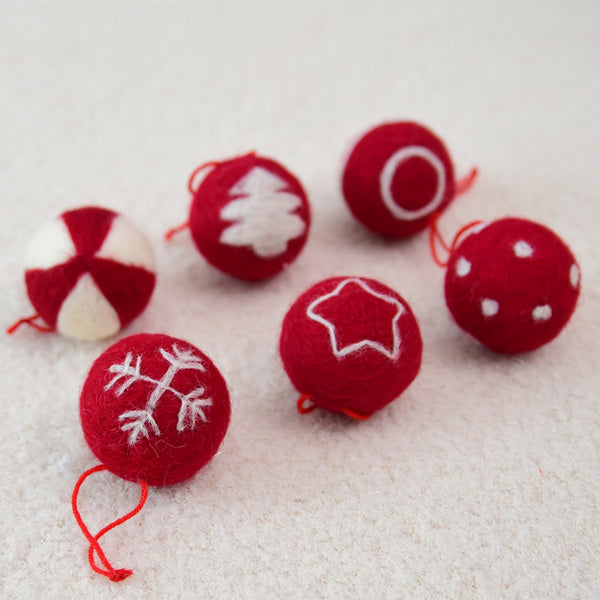 Merry Christmas Decoration For Home Gift Box Decor Plush Balls DIY Craft Supply Christmas Tree Ornament New Year