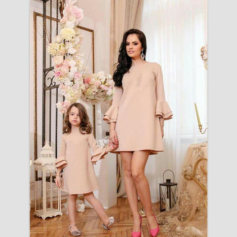 7c5f404ff11 Mother Daughter Dresses Family Matching Clothes Mama Mom Mother   Kids  Girls Family Look Half Sleeve