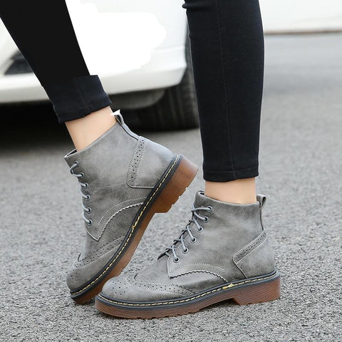 Autumn Winter British Style Vintage Lacing Women Boots Winter Shoes Round Toe Casual Snow Boots Shoes Plus Size