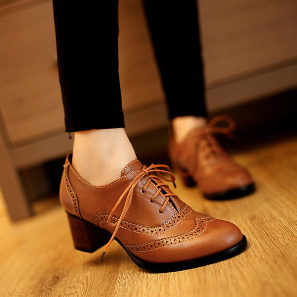 British Retro Carving Pointed Toe Oxford Shoes For Women Casual Thick Medium Heel Leather Shoes Woman Lace Up  Flats Zapato