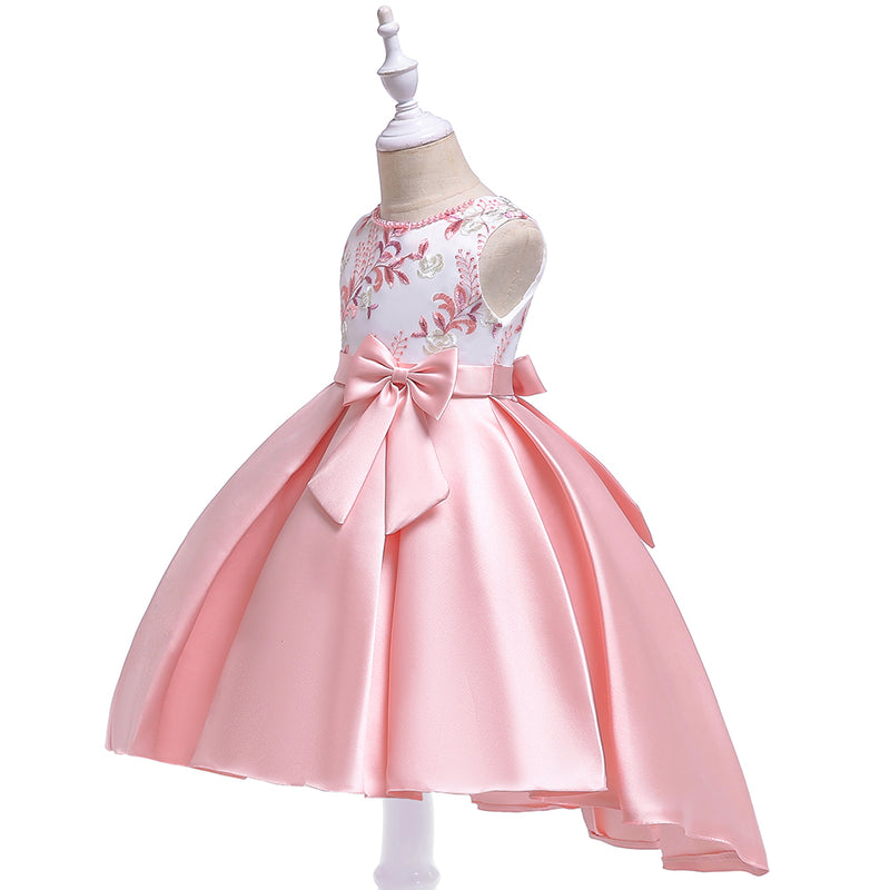 Retail New Design Girl Summer Dress With Bow Kids Girl Party Dress For Birthday Bridesmaid Embroidered Trailing Dress T5087