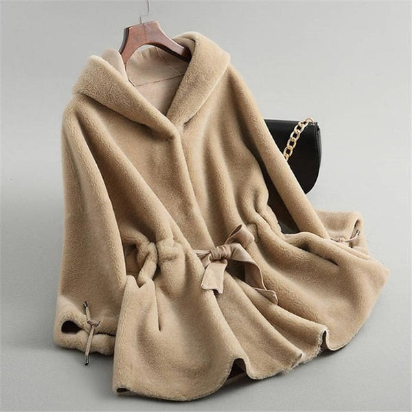 Women Winter Real Fur Overcoat Sheep Shearing Lady Casual Warm Natural Sheep Genuin Lamb Wool Fur Coat Hooded And Belt Coat V269