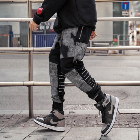 Streetwear Cotton Sweatpants Men Casual Patchwork Hip Hop Jogger Pants Men Alphabet Design Man Harem Pants 2019 Spring New