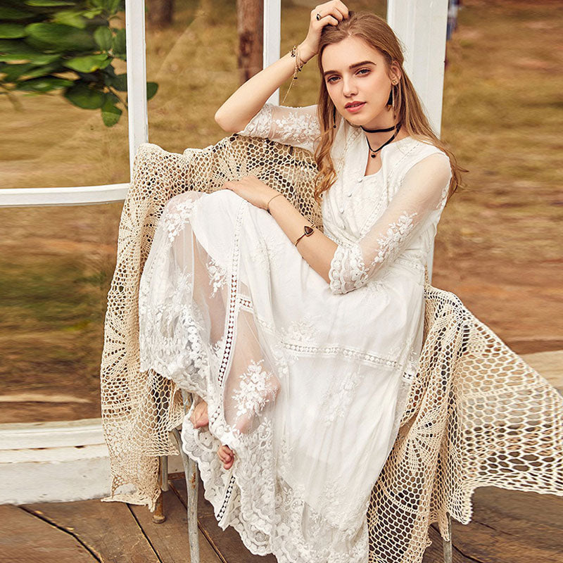 Spring New Women Vintage Lace Dress Embroidered Floral High Waist V-neck Lady White Princess Dress
