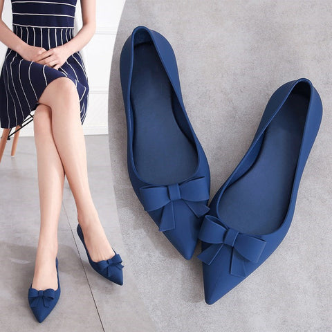 Summer Jelly Flats Women Beach Sand Soft Pointy Toe Flat Heel Sandals Women Rain Shoes With Bowknot