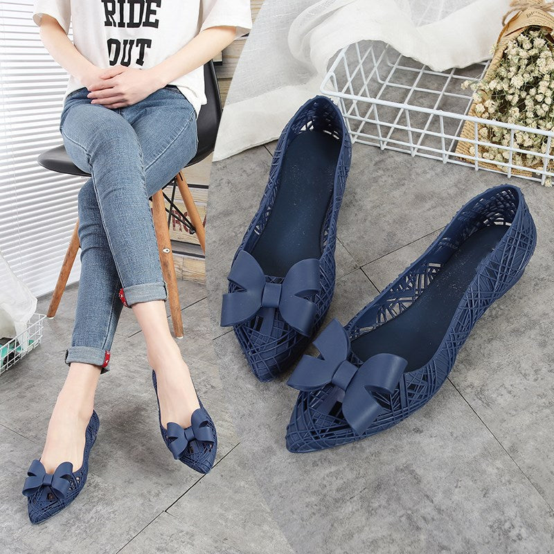 Jelly Flats Women Summer Rain Shoes Swim Pool Pointed Toe Breathable Flat Heel Beach Sand Shoes Hollow Out Sandals