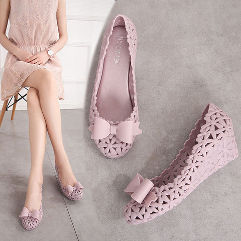 Jelly Pumps Sandals Summer Med Wedges Heel Hollow Out Bowknot Shoes Breathable Women Summer Beach Sand Holiday Pumps