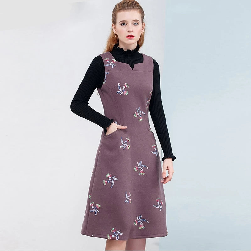 M-XXL Sleeveless Winter Dress Floral Embroidery Dresses Women Casual Woolen Vintage Midi Dress New Vest