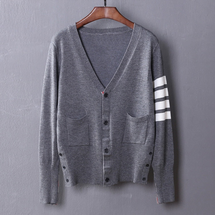 New Man Luxury Winter gentleman Classic striped Knit Casual Sweaters pullovers Asian Plug Size High quality Drake