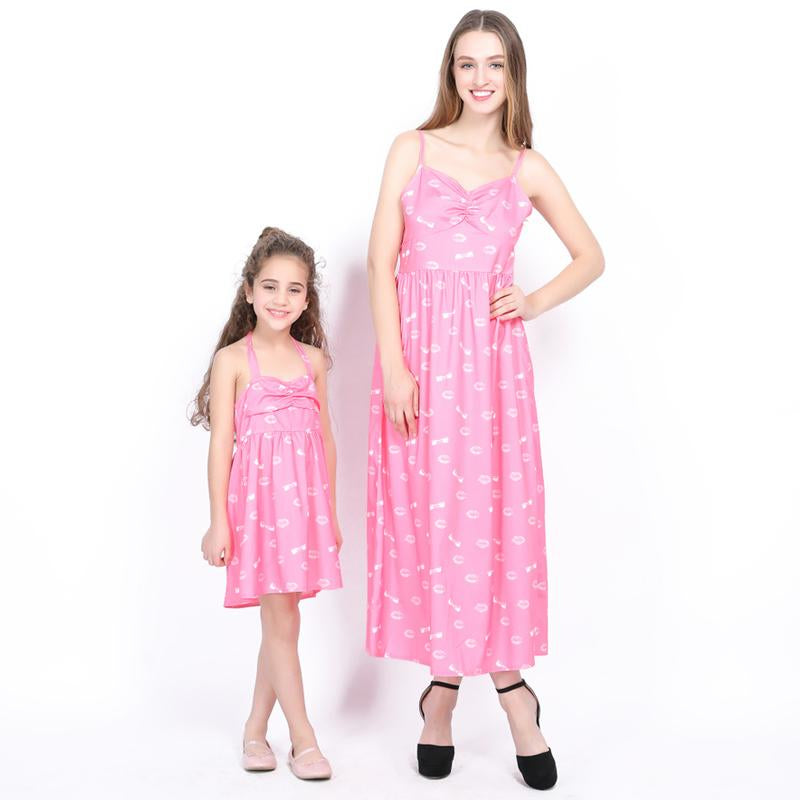 e987a86d60e67 Mother Daughter Dresses Summer Mommy And Me Clothes Mom Daughter Dress Pink  Family Look Mum Girl Clothing Family Matching Pajama